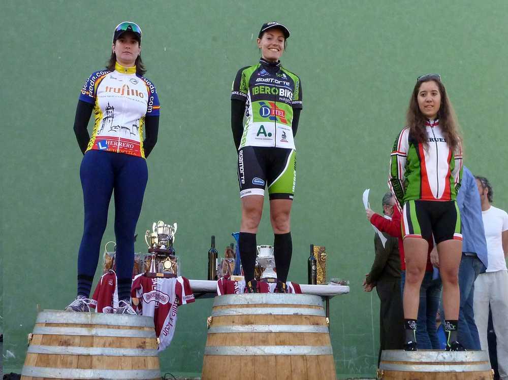 podium fem