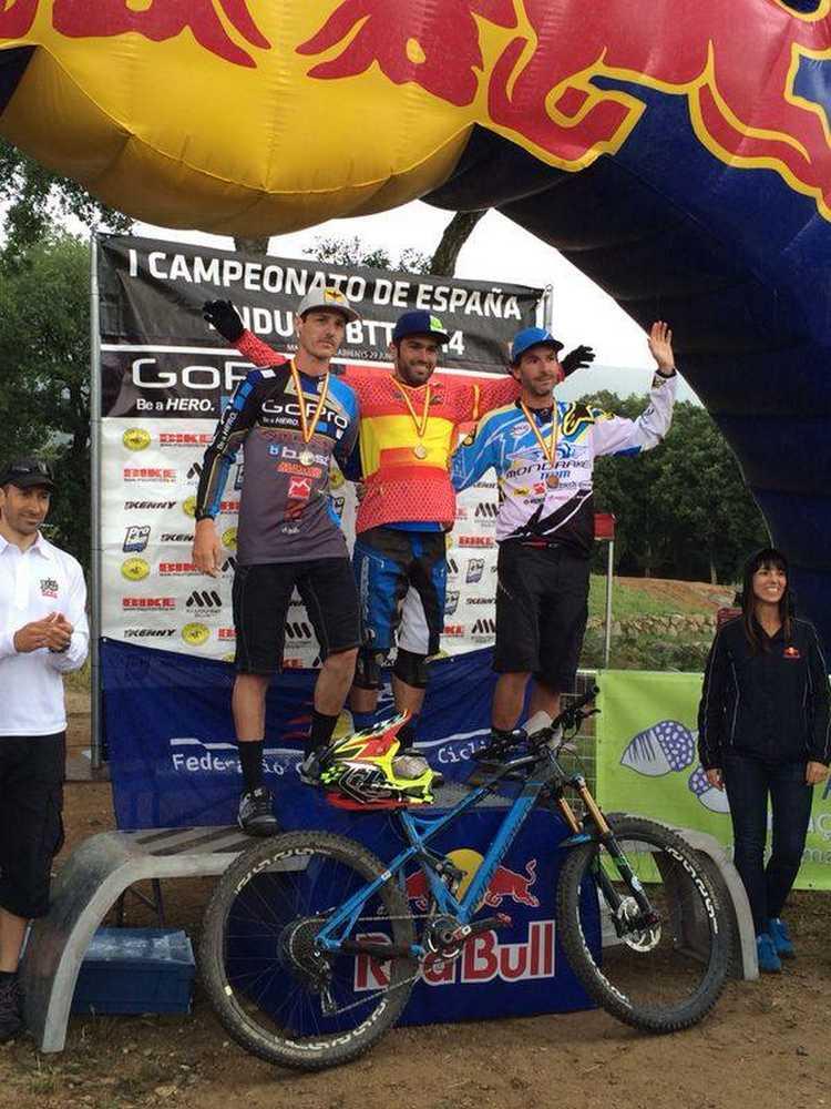 podium elite capot de españa