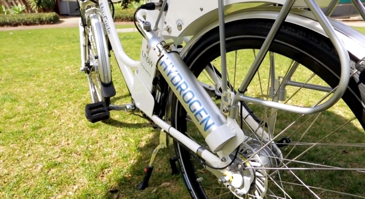 hy-cycle-is-australia-s-first-hydrogen-fuel-cell-bicycle-motorcycles-next-maybe-video-86720-7