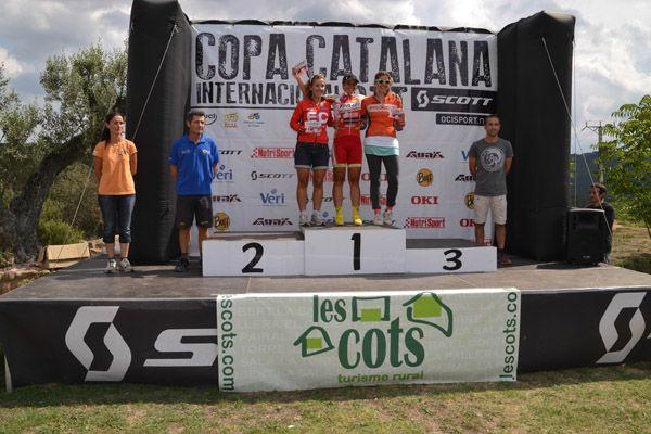 podio femenino Les Cots de Lloberola
