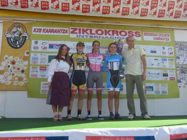 podio cadetes ciclocross de karranza 2014