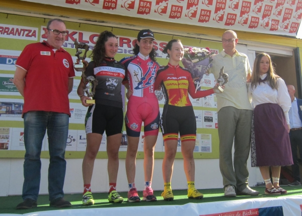 podio juniors ciclocross de karranza 2014