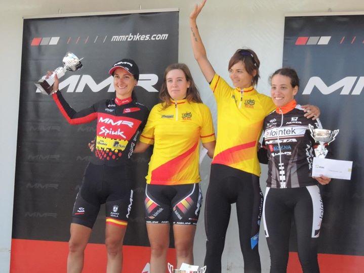 podio femenino MMR CXperience 2014