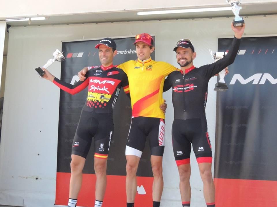 podio masculino MMR CXperience