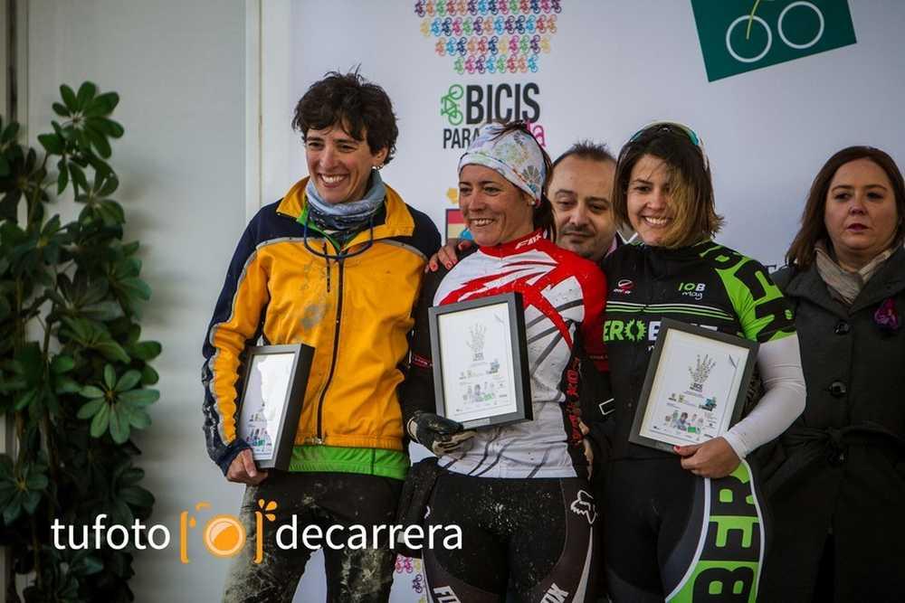 Esmeralda podio Circuito 7 Estrella Pinto