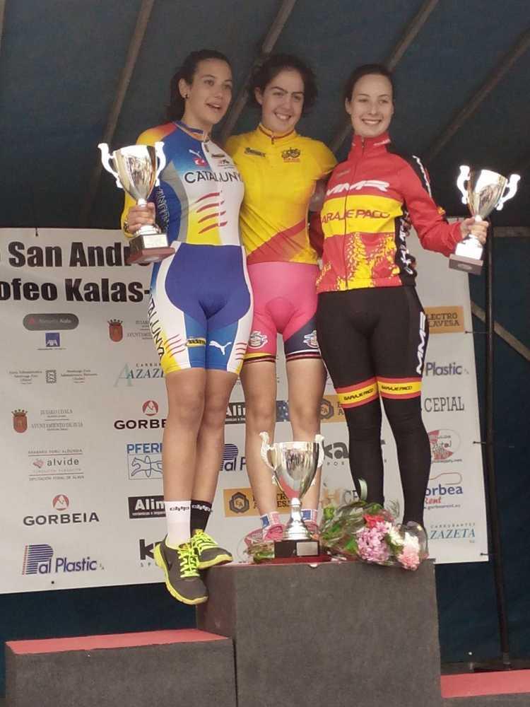 podio femenino Junior ciclocross ametzaga