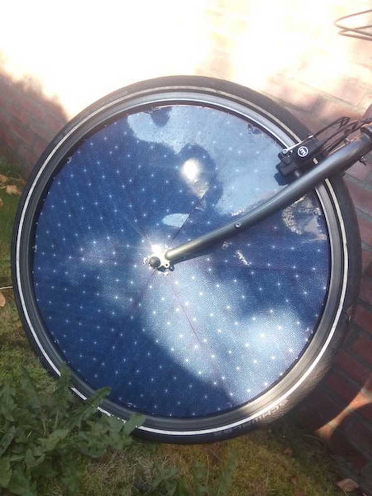 dutch-solar-electric-bike-front-wheel2