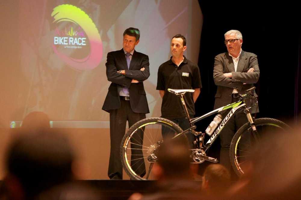 José Antonio Hermida presenta la Andalucia Bike Race 2015