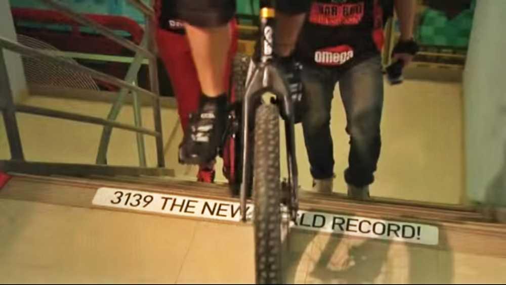 Krystian-Herba-record-escaleras