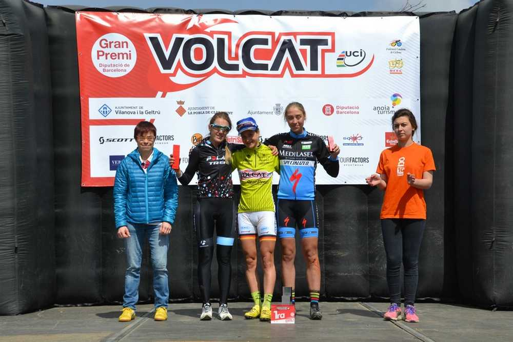 Podio Femenino Volcat 2015 etapa vilanova-geltru