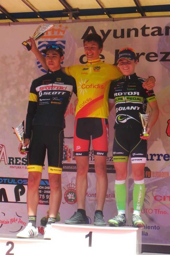 Podio junior Vlad Dascalu open de españa Jerez