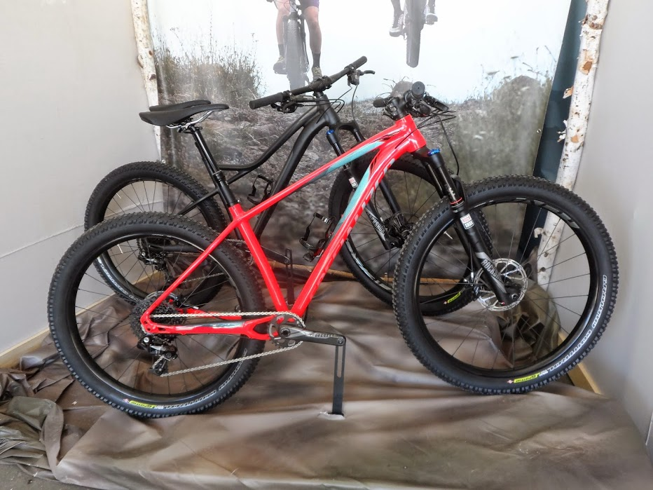 sea_otter_classic_2015_specialized_fuse