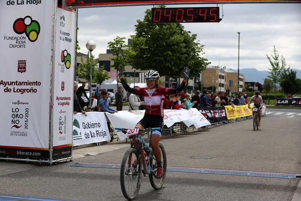 Claudia Galicia ganadora 2ª etapa de La Rioja Bike Race 2015 02
