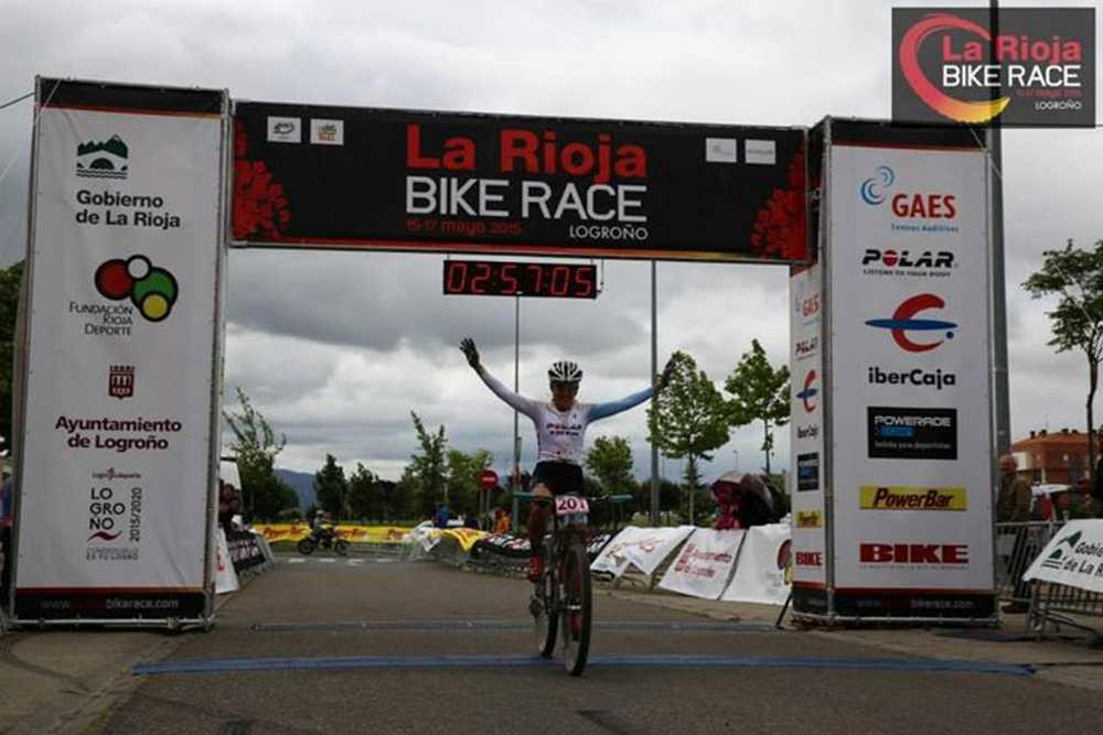Claudia Galicia vencedora 1ª etapa de La Rioja Bike Race
