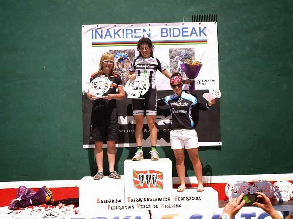 Podio femenino Campeonato de Euskadi BTT XCO 2015