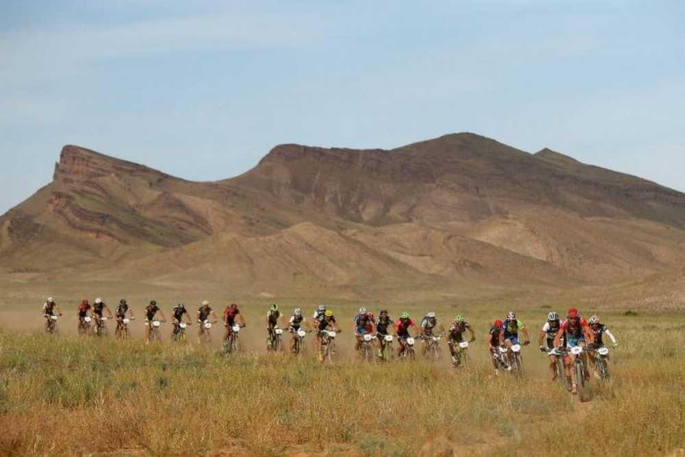 Titan Desert 2015 peloton