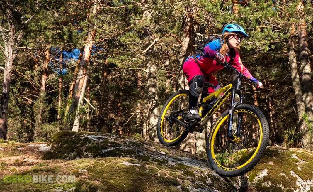 ion_bike_helia_nia_enduro13