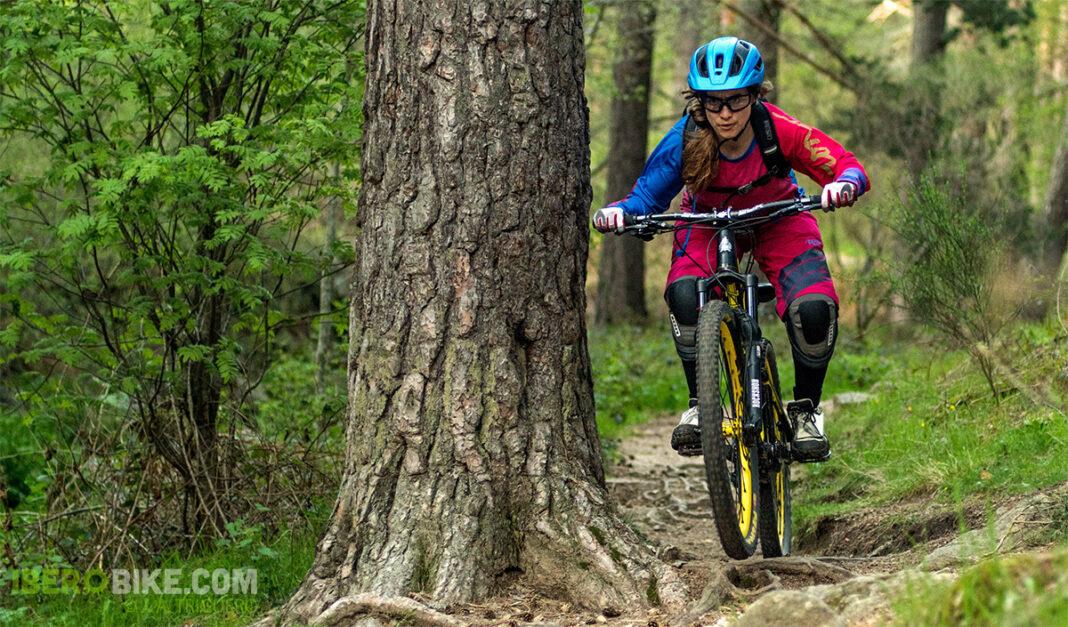 ion_bike_helia_nia_enduro27