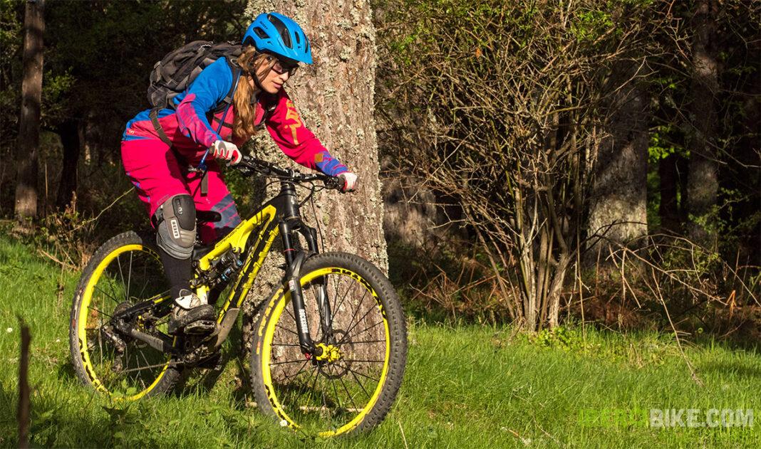 ion_bike_helia_nia_enduro30