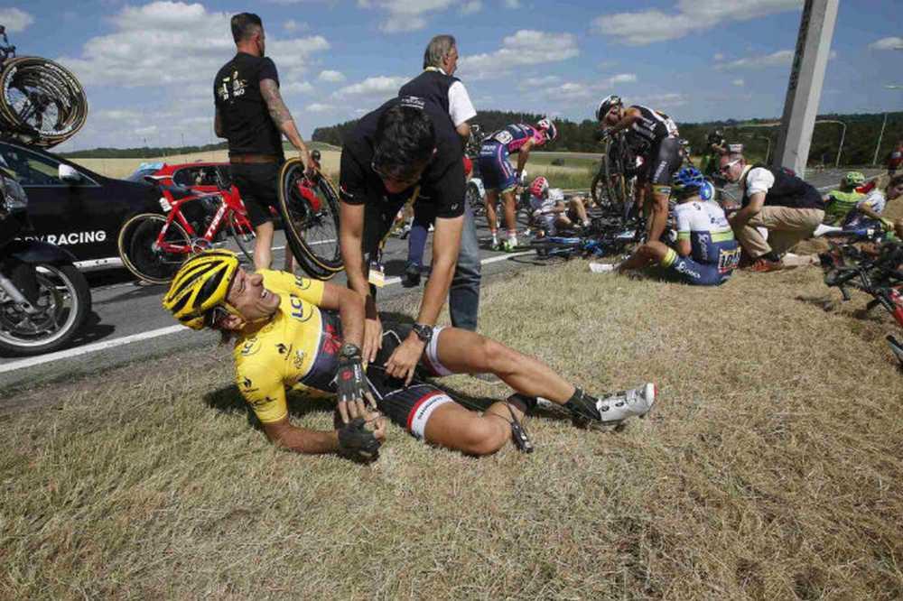Cancellara Caída masiva en la tercera etapa del Tour de Francia 2015