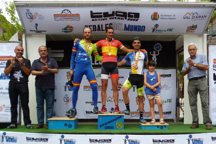 Podio elite masculino campeonato de España de BTT-Ultramaratón