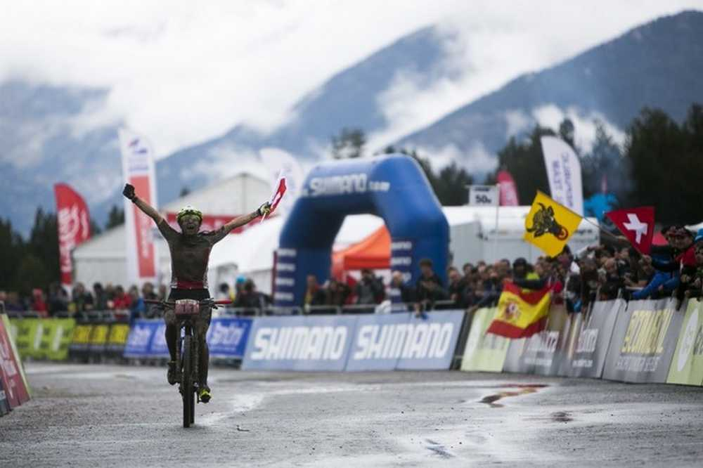 Cooper y Forchini Campeones del Mundo sub23 en Vallnord