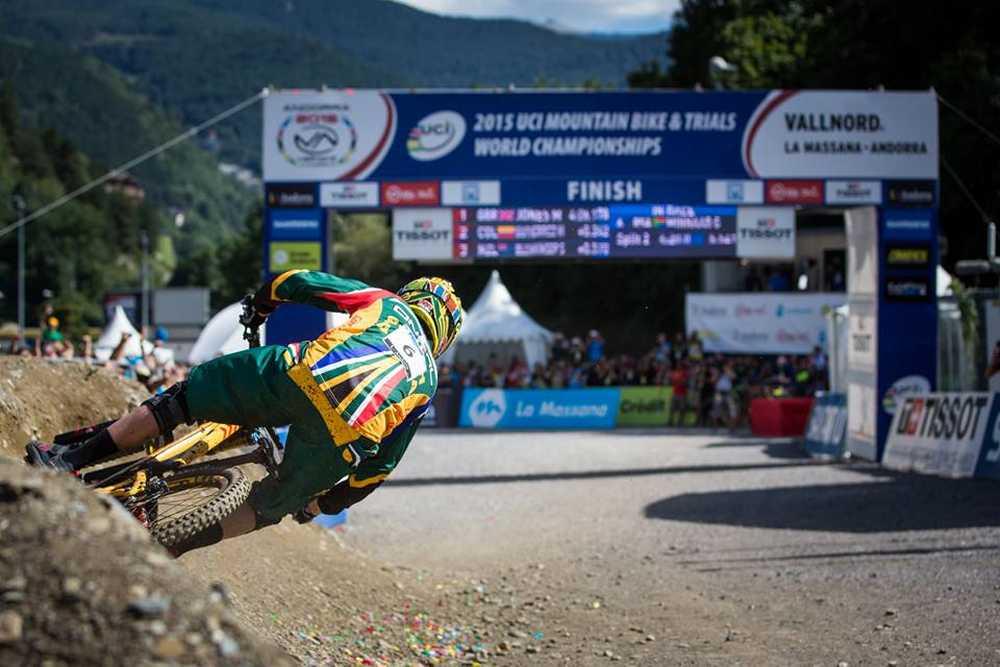 Greg Minnaar en el Campeonato del Mundo de DH Vallnord