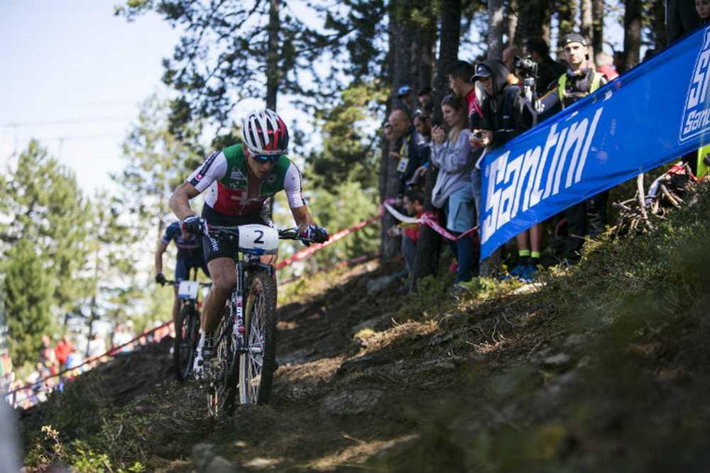 Nino Schurter Campeón del Mundo Élite 2015
