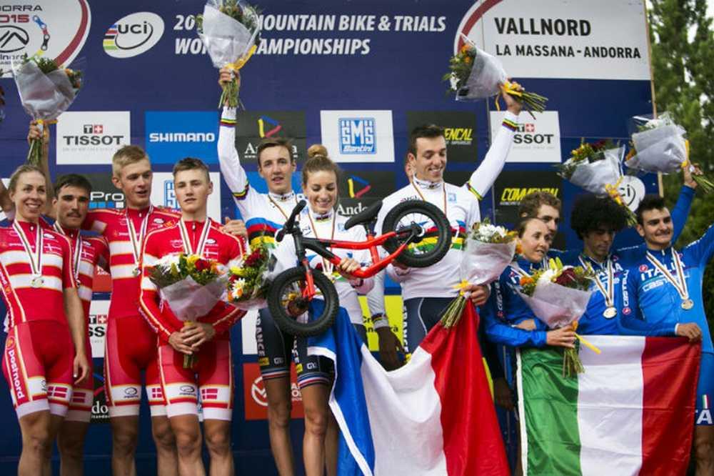 Podio Team Relay del Campeonato del Mundo de Vallnord