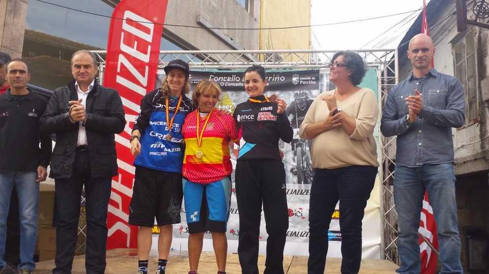 Podio elite femenino Campeonato de España de Enduro 2015
