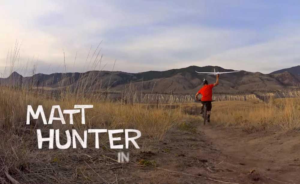 Video: Como auto-grabarte en bici con un planeador, por Matt Hunter - iberobike