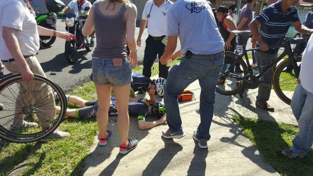 Felix_Araya atropellado por un taxista en la 1ª Etapa de la Vuelta a Costa Rica
