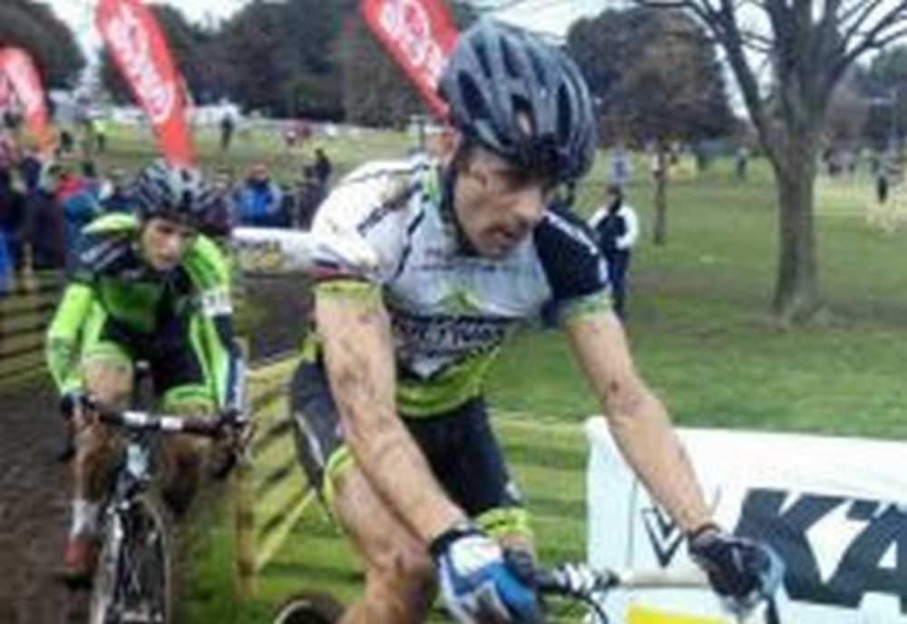 José Antonio Hermida se proclama Campeón de Cataluña de Ciclocross 2015