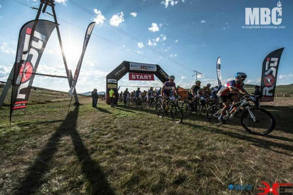 Mongolia Bike Challenge 2016