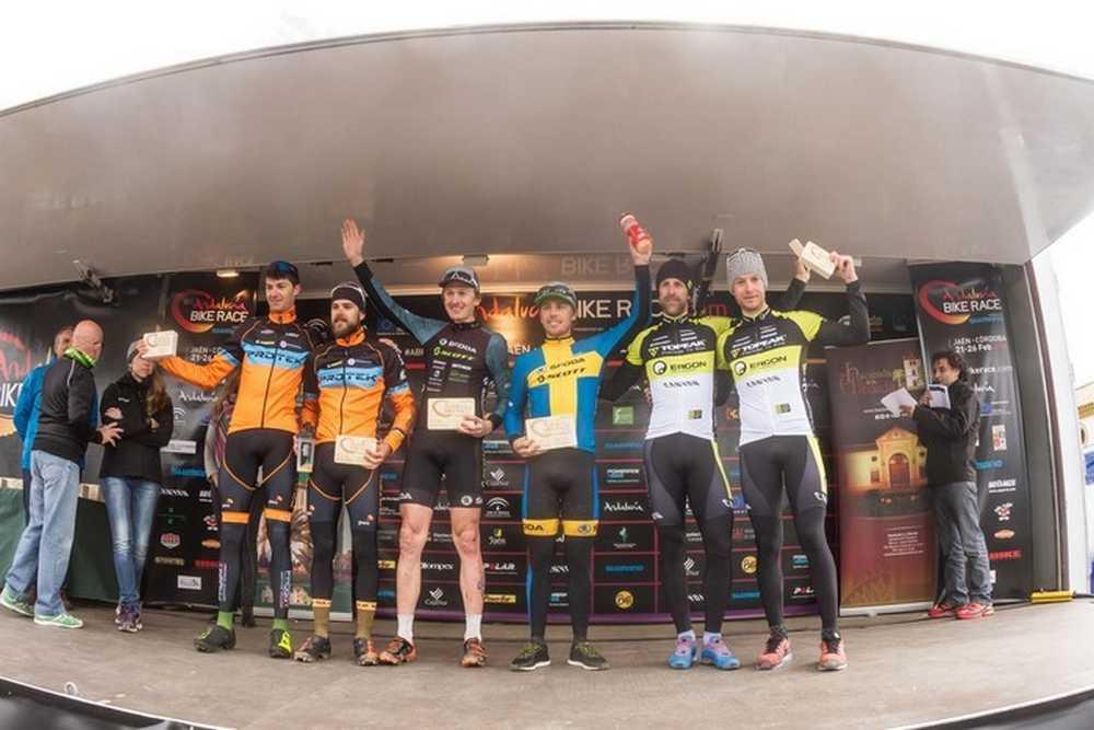Podio elite masculino 5ª Etapa Andalucia Bike Race 2016