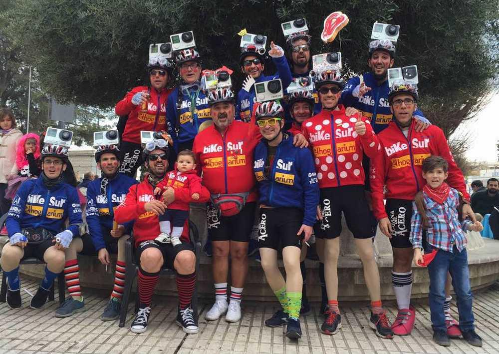Chirigota Los del Olivo, Sábado de Pasión ciclista