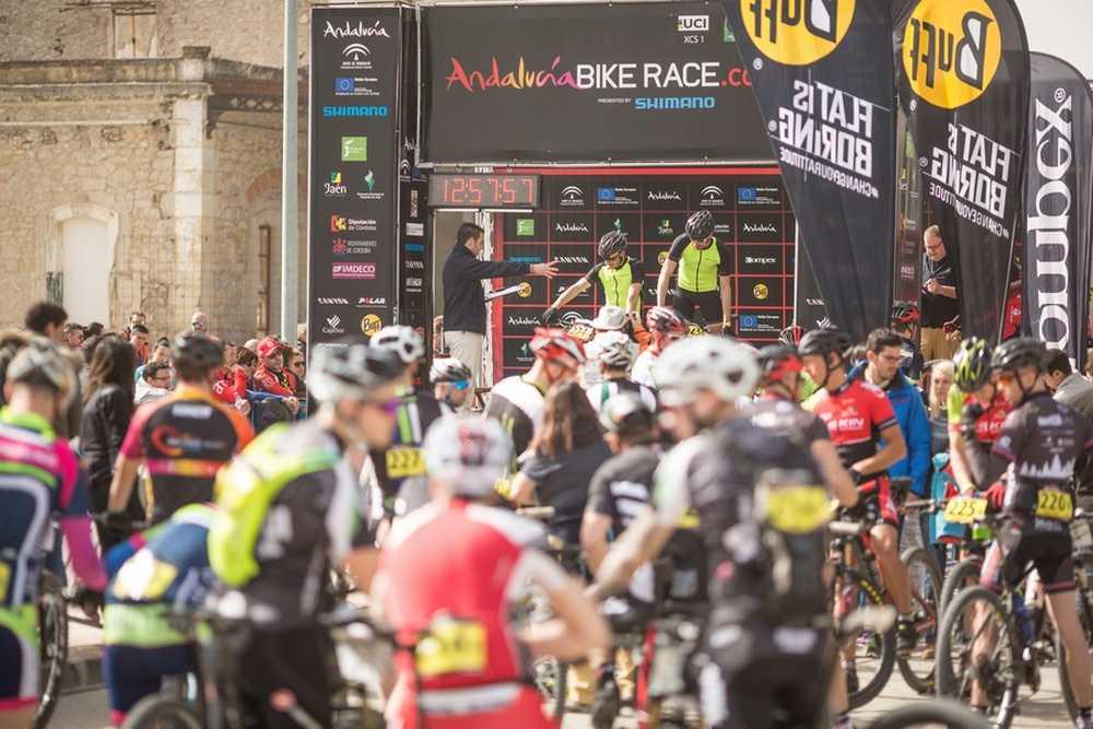 Salida primera etapa primera etapa de Andalucía Bike Race presented by Shimano 2016