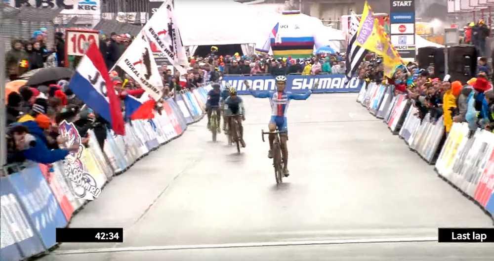 Toupalik Thinks no ganó el campeonato del mundo de ciclocross