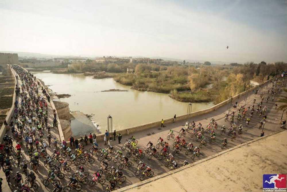 salida 4ª etapa Andalucía Bike Race 2016