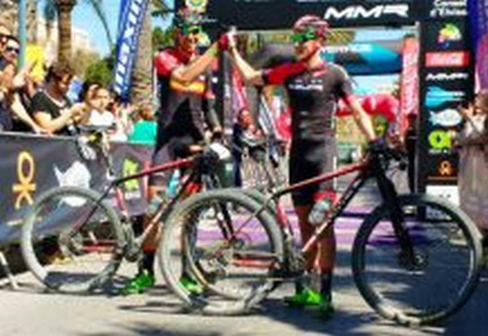 David Valero y Pablo Rodríguez (MMR Factory Racing Team), líderes de la Vuelta a Ibiza MTB 2016