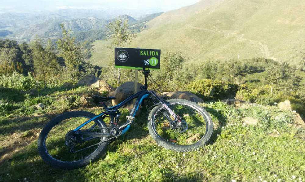 Salida T1 Big Ride de Ojén 2016 por Carla Rodríguez (Iberobike – BH Bikes)