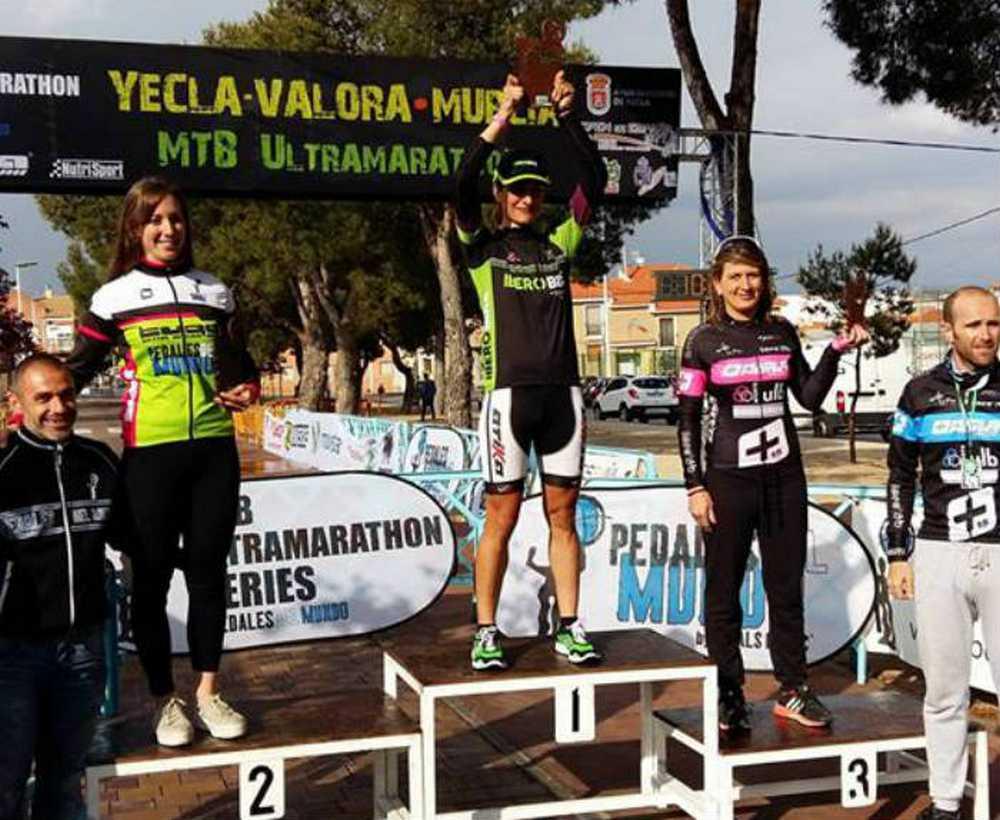 Clara Pirla (Iberobike – Vitoria Bikes by Atika) vencedora en Yecla y líder del Open de España Ultramarathon 2016