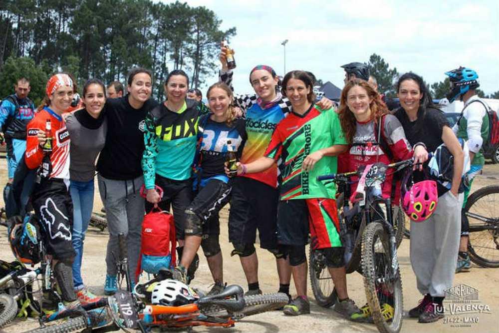 Las chicas del Big Ride Eurocidade 2016 por Carla Rodríguez (Iberobike- BH)