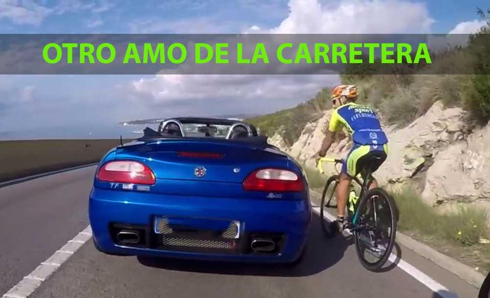 adelantamiento-coche-ciclista-garraf