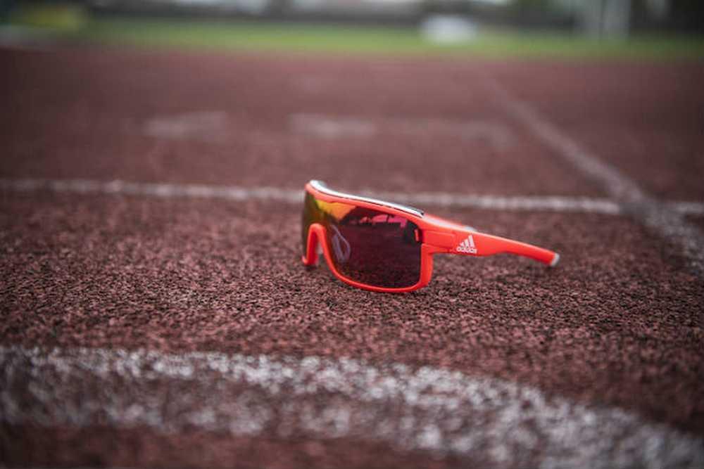 adidas-sport-eyewear-presenta-las-zonyk-pro
