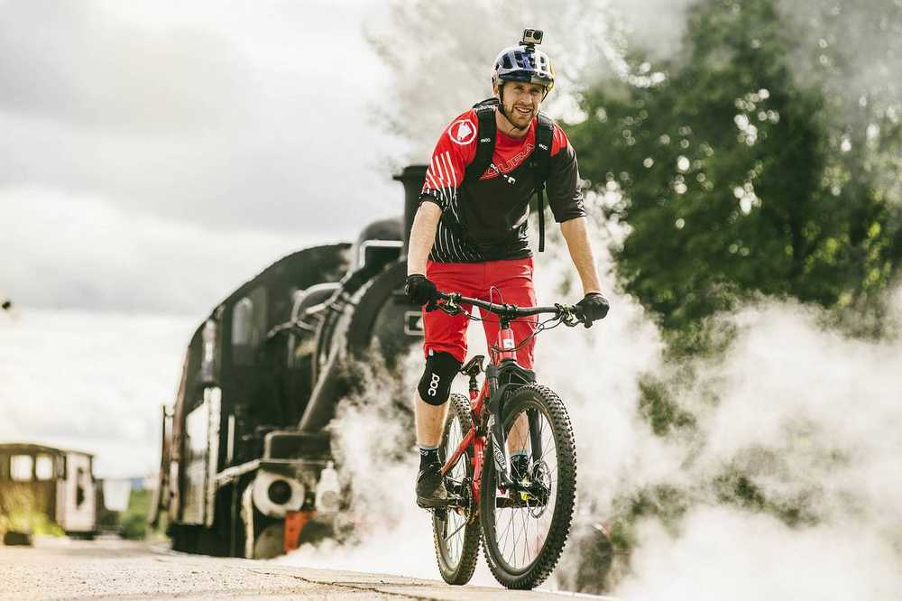 danny-macaskill-wee-day-out_train_video6