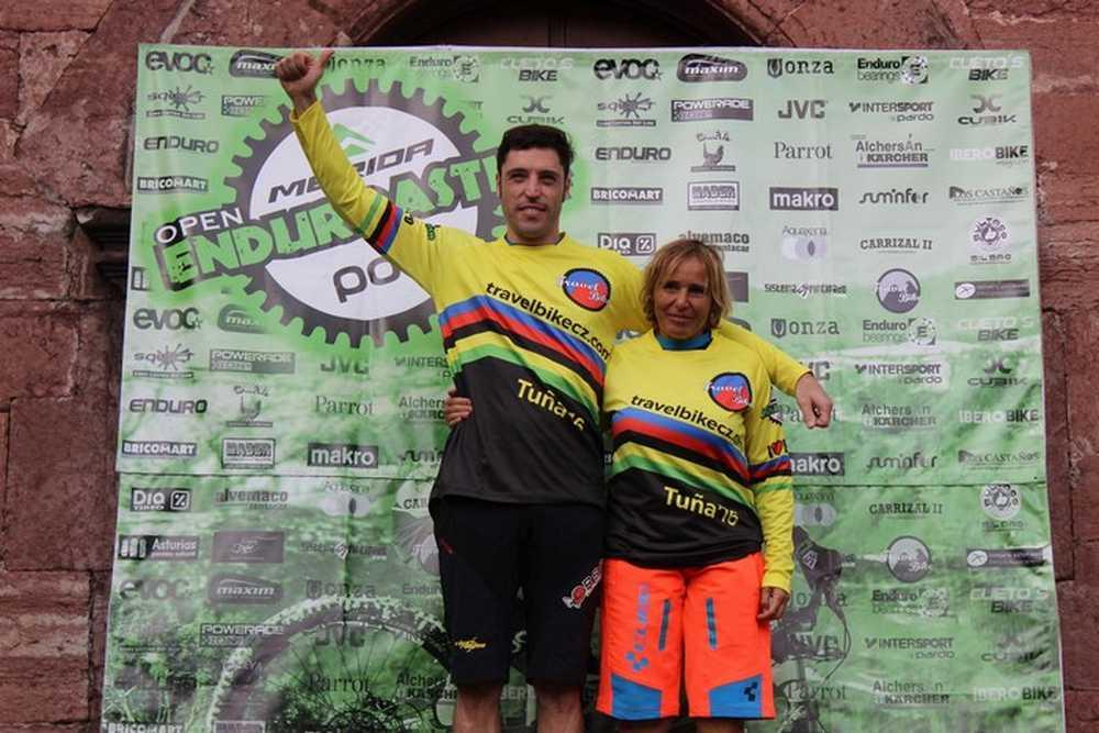 podium-travel-bike