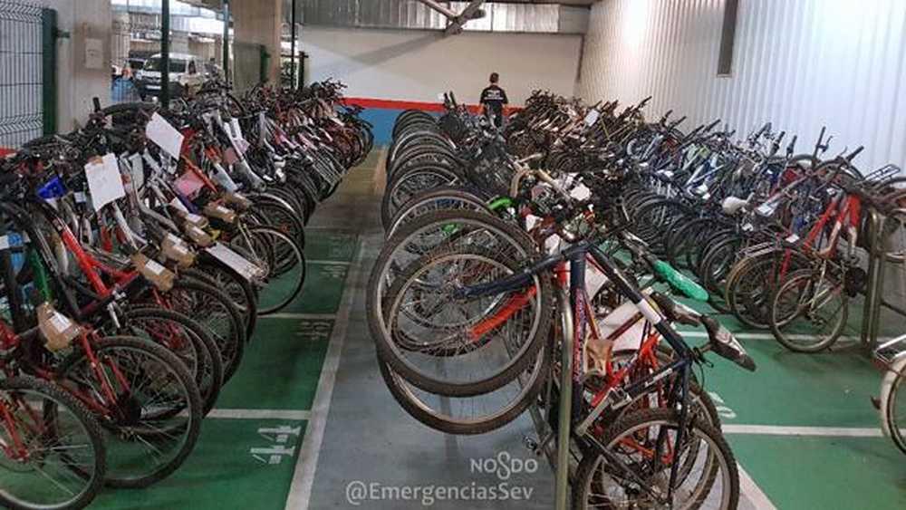 Exposición de bicis robada recuperadas por la Policía Municipal de Sevilla