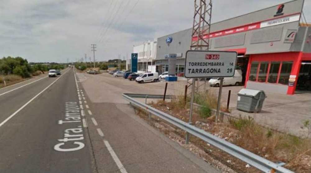 Un camión atropella y mata a un ciclista de origen francés en El Vendrell (Tarragona)