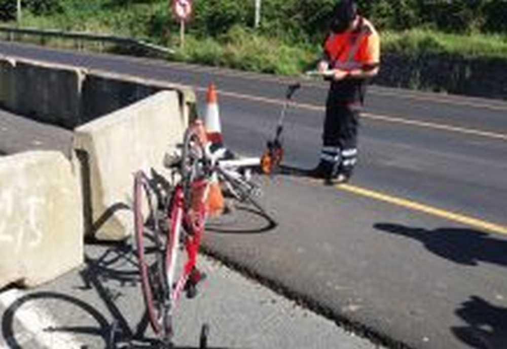 Un conductor drogado atropella a dos ciclistas en Vizcaya